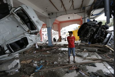 Rescue and reconstruction in Indonesia after tsunami