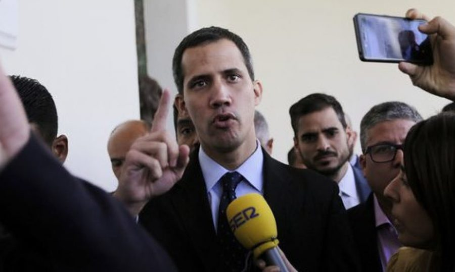 Presidency of Venezuela disputed between Guaido and Maduro