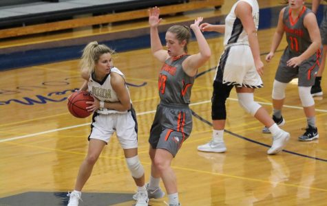 Blue Streaks clinch share of OAC Title