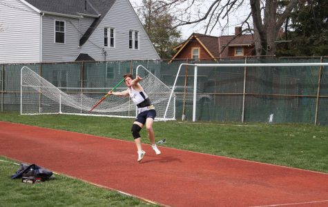Outdoor season is underway for JCU men's track and field
