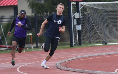 The men's track and field team competed in the Colonial Relays in Williamsburg, Virginia on April 4-6.