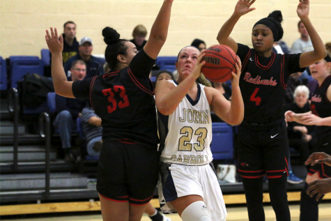 Blue Streaks extend two streaks with win over ONU