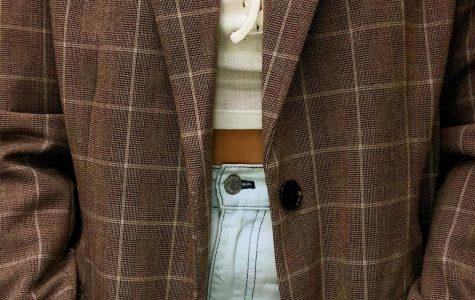 Trendsetter: Oversized Blazers Make Sophistication Comfortable
