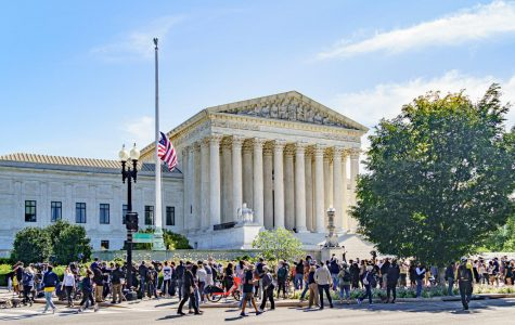 Mourners at the United States Supreme Court following the death of Ruth Bader Ginsburg