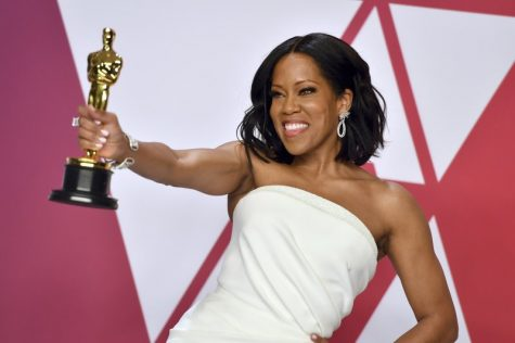 "Regina King accepting Oscar for ""If Beale Street Could Talk"" in 2019"