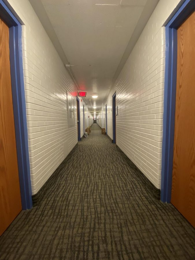 An empty hallway in the quarantine dorm.