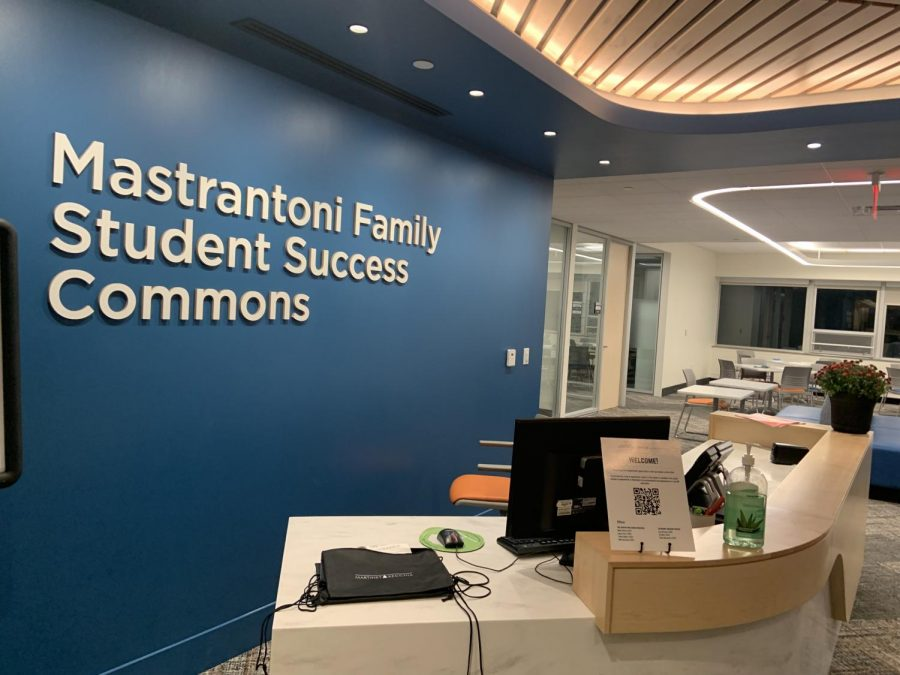 The+Mastrantoni+Family+Student+Success+Commons+welcome+students+to+study%2C+visit+the+Career+Center+or+the+Academic+Success+Center.%0A%28Photo+by+Aiden+Keenan+%E2%80%9822%29.